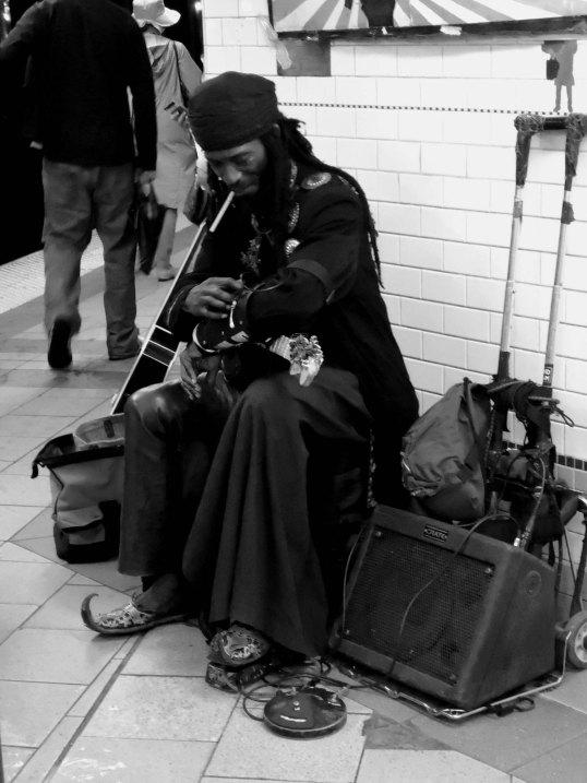 NYC subway musician_B&W